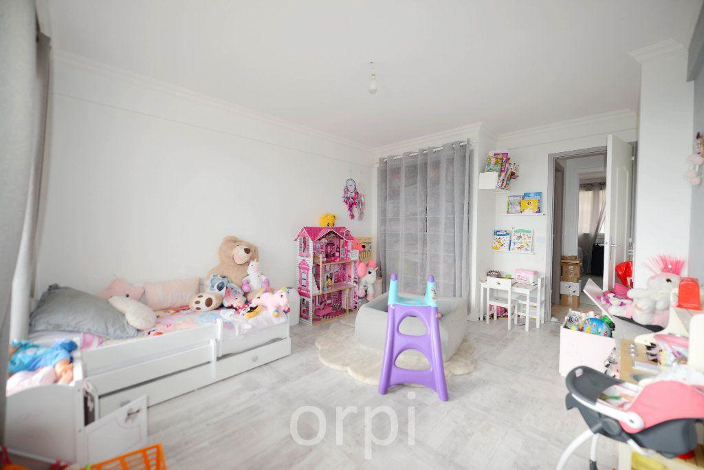 Appartement à vendre 3 66.38m2 à Grasse vignette-4