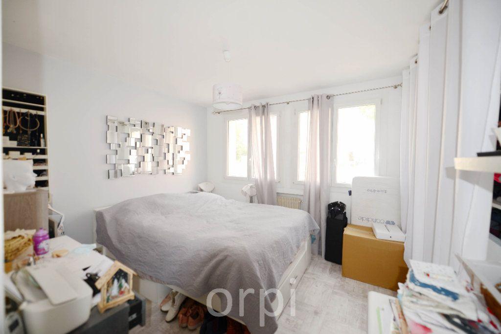 Appartement à vendre 3 66.38m2 à Grasse vignette-7