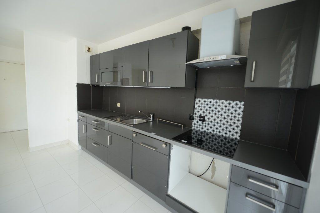 Appartement à louer 2 48.95m2 à Grasse vignette-4