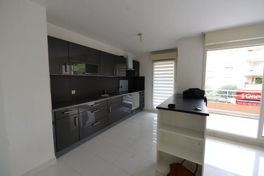 Appartement à louer 2 48.95m2 à Grasse vignette-5