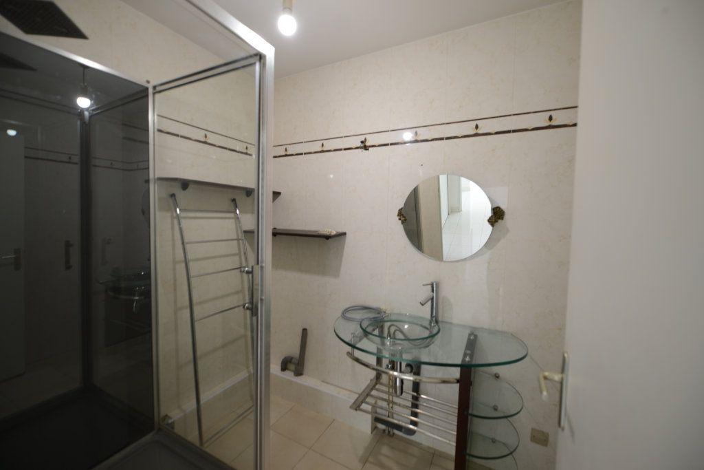 Appartement à louer 2 48.95m2 à Grasse vignette-8