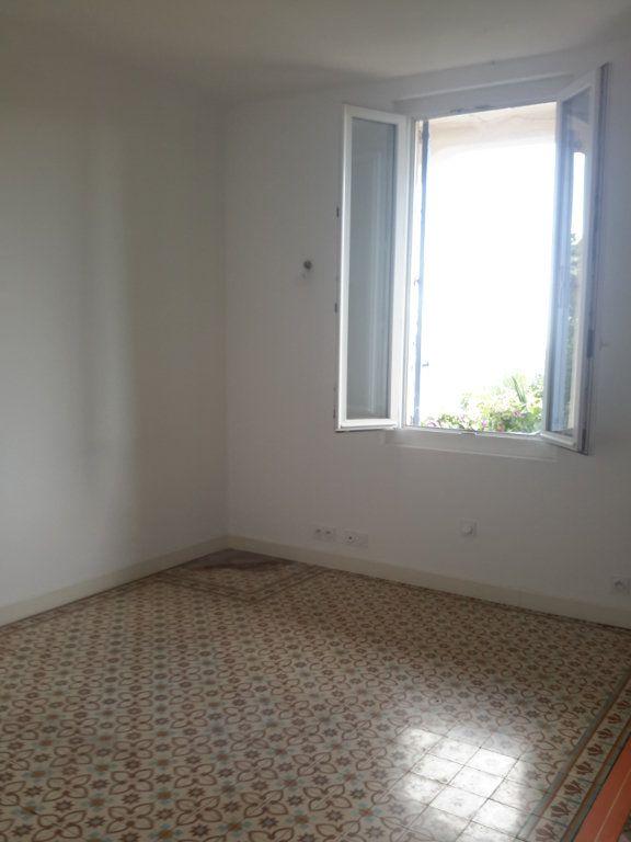 Appartement à louer 1 26m2 à Grasse vignette-3