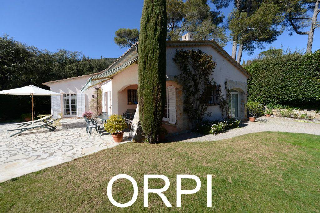 Maison à vendre 6 185.6m2 à Grasse vignette-2