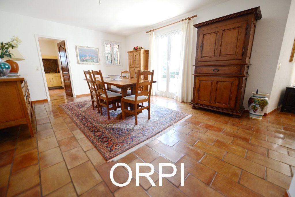 Maison à vendre 6 185.6m2 à Grasse vignette-9