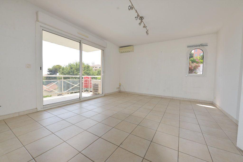 Appartement à vendre 4 85.17m2 à Grasse vignette-2