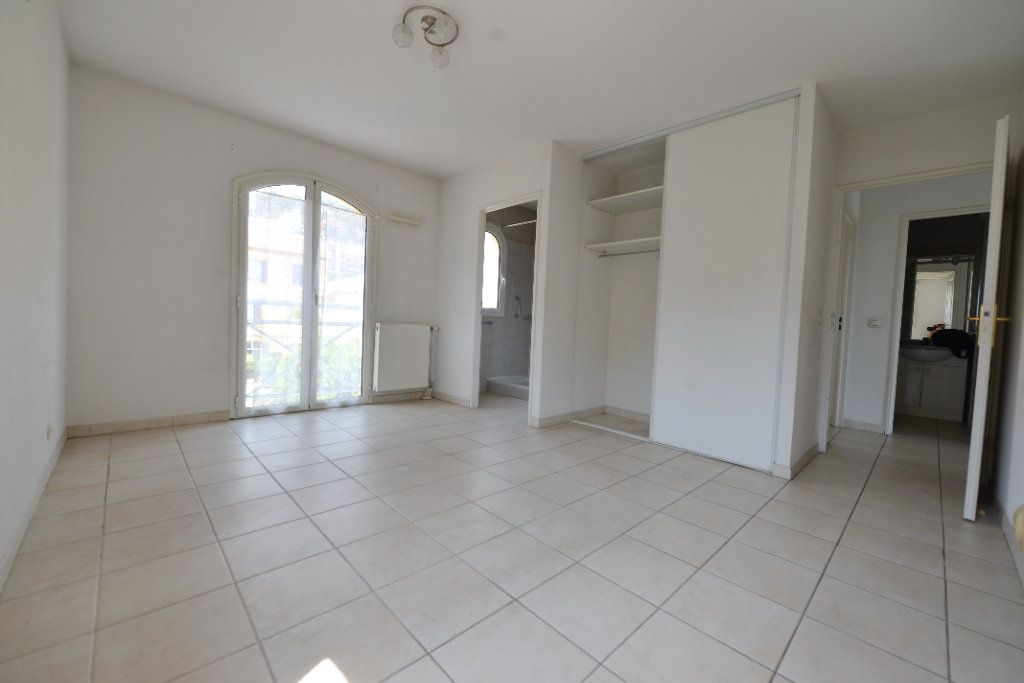Appartement à vendre 4 85.17m2 à Grasse vignette-4