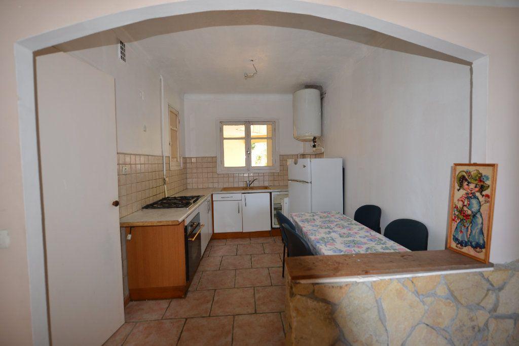 Appartement à louer 3 65m2 à Grasse vignette-3