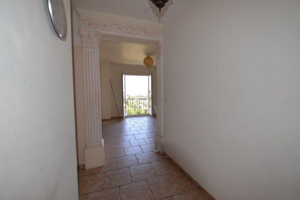 Appartement à louer 3 65m2 à Grasse vignette-5