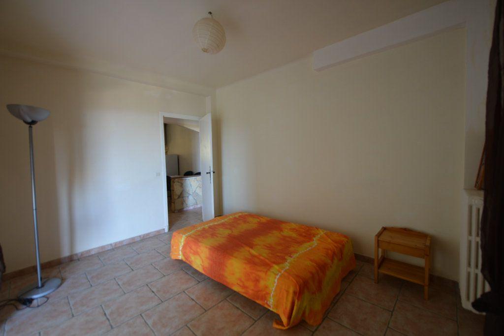 Appartement à louer 3 65m2 à Grasse vignette-7