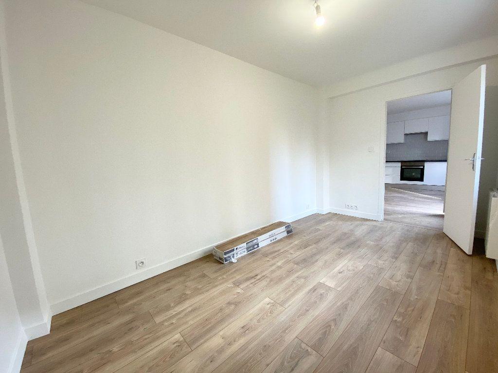 Appartement à louer 2 38.09m2 à Nice vignette-5