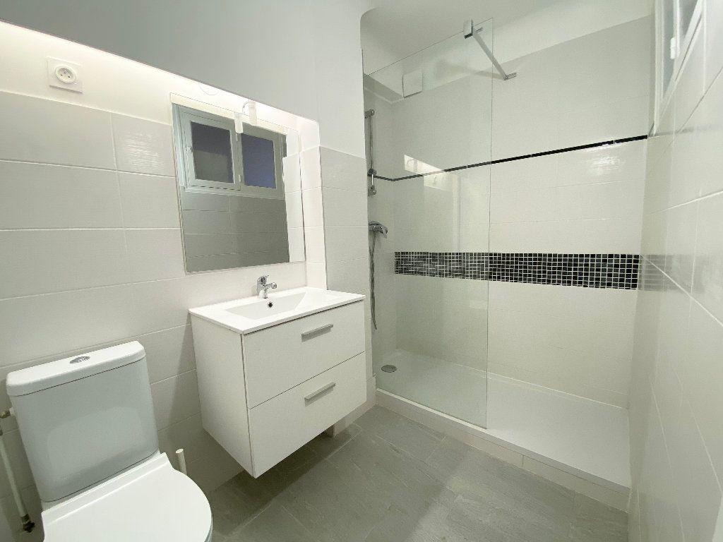 Appartement à louer 2 38.09m2 à Nice vignette-6