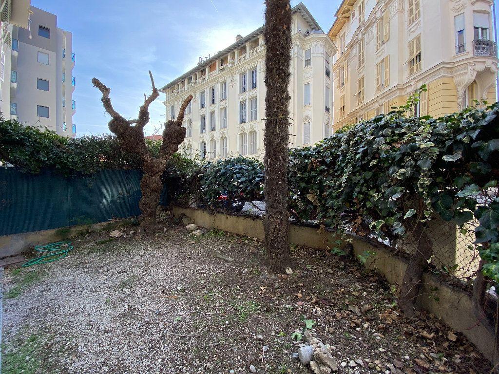 Appartement à louer 2 38.09m2 à Nice vignette-7