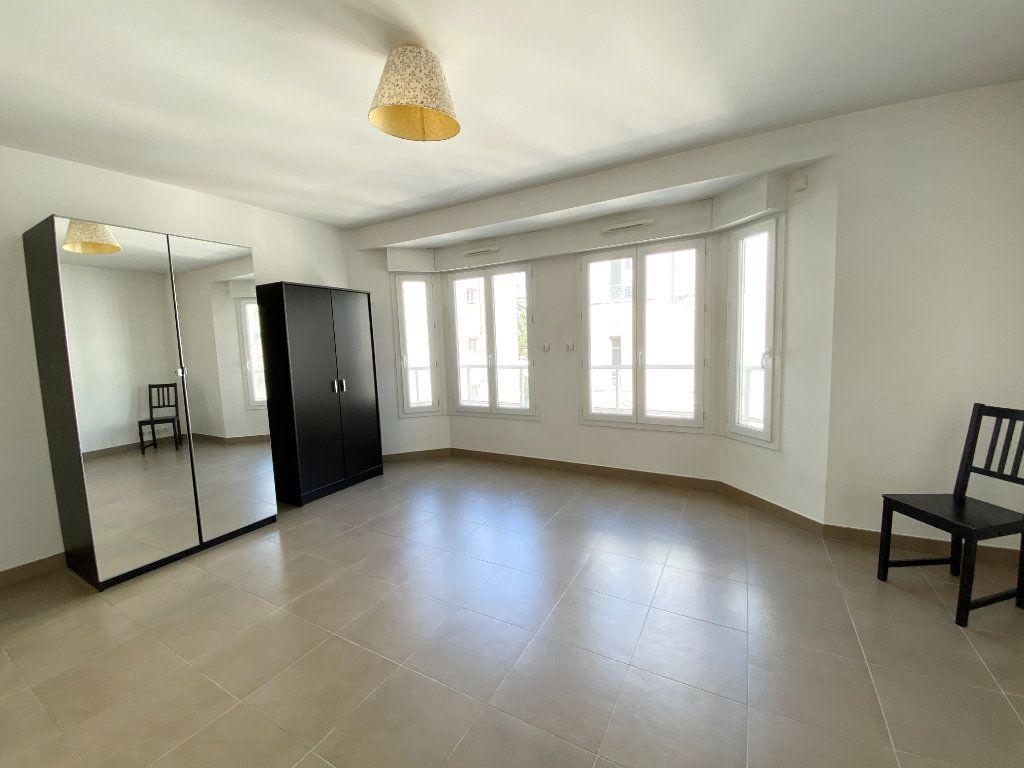 Appartement à louer 1 30.89m2 à Nice vignette-2