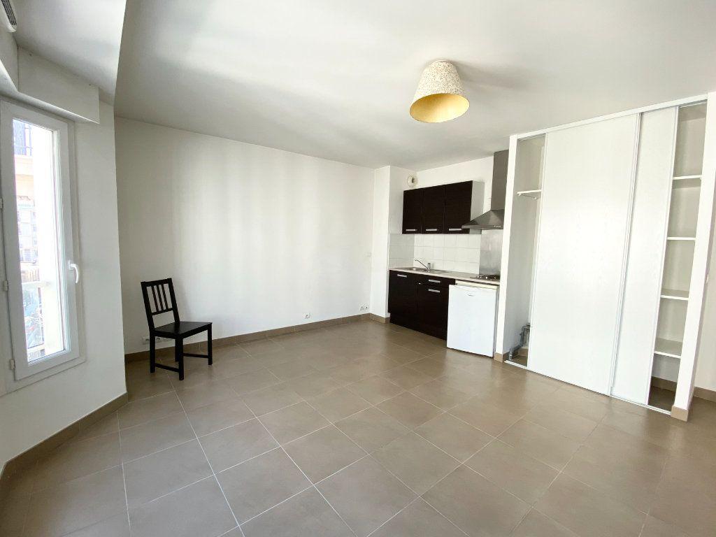 Appartement à louer 1 30.89m2 à Nice vignette-3