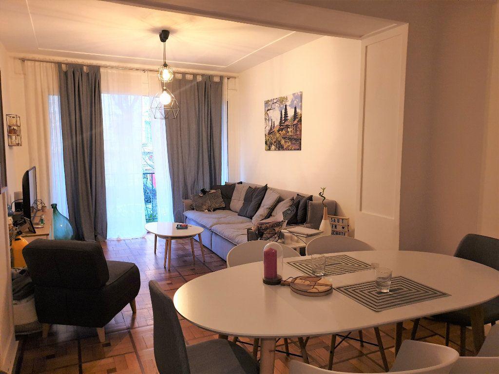 Appartement à louer 2 58.15m2 à Nice vignette-2