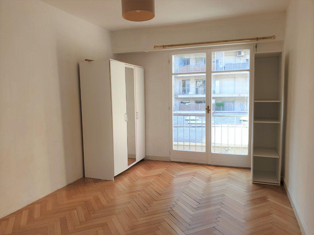 Appartement à louer 2 58.15m2 à Nice vignette-5