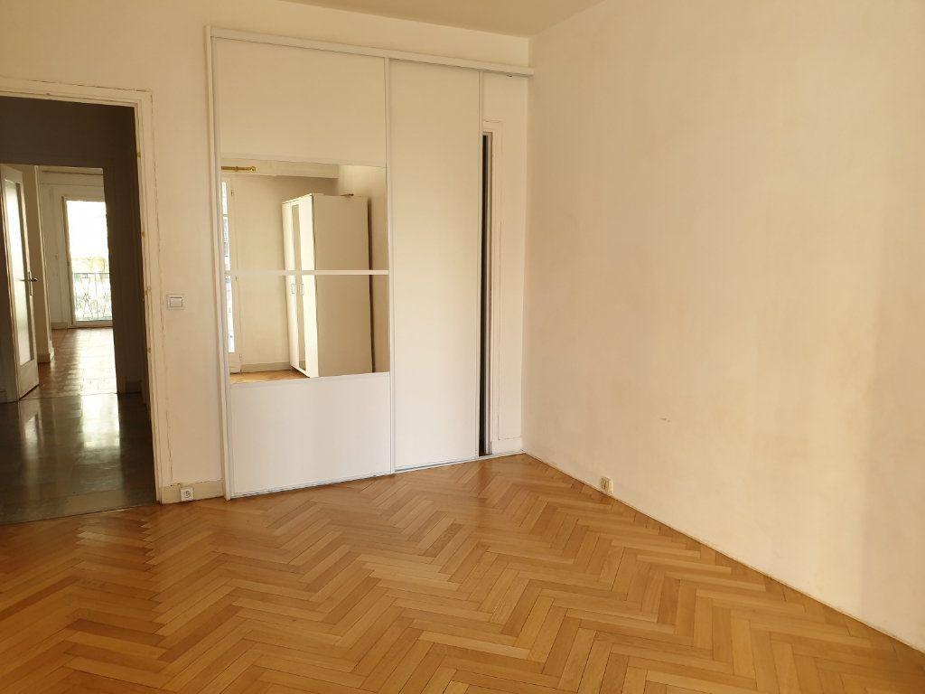 Appartement à louer 2 58.15m2 à Nice vignette-8