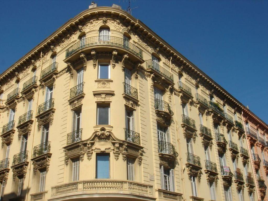 Appartement à louer 1 9m2 à Nice vignette-4