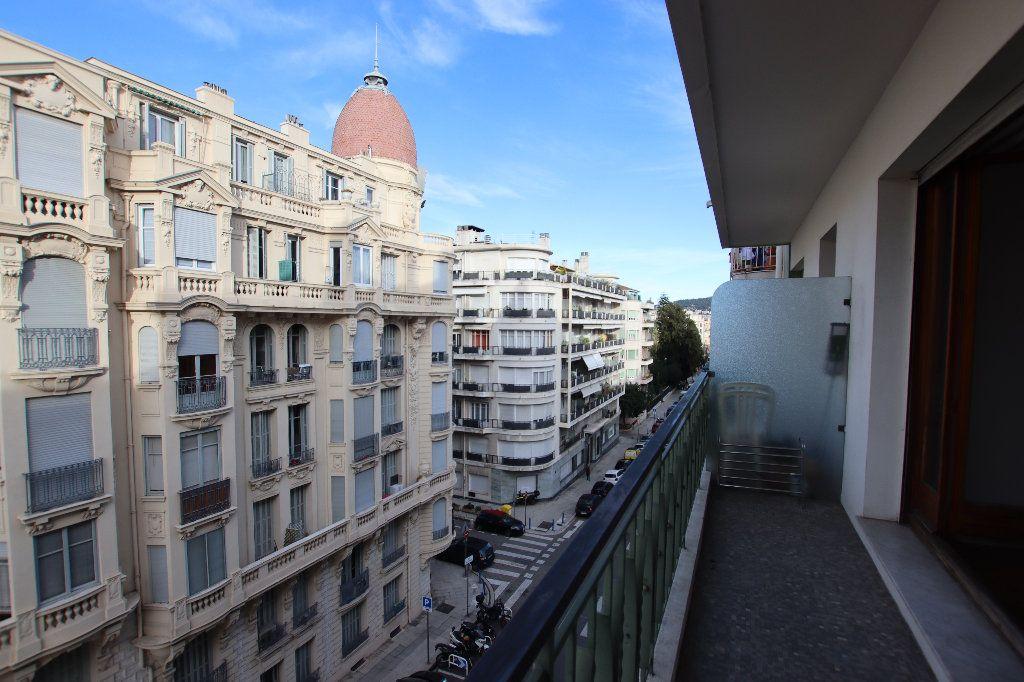 Appartement à louer 2 46.32m2 à Nice vignette-2