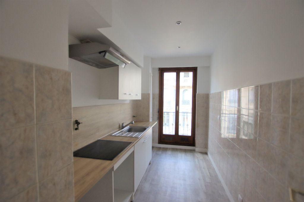 Appartement à louer 2 46.32m2 à Nice vignette-5