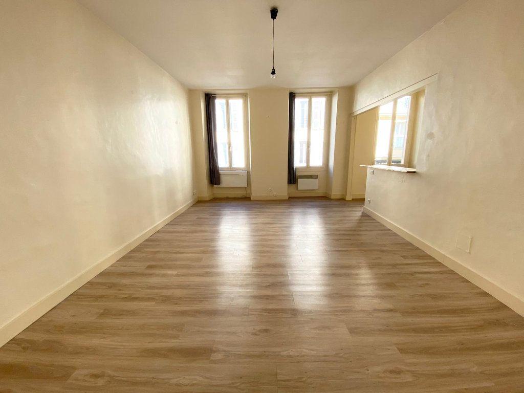 Appartement à louer 1 40.06m2 à Nice vignette-1