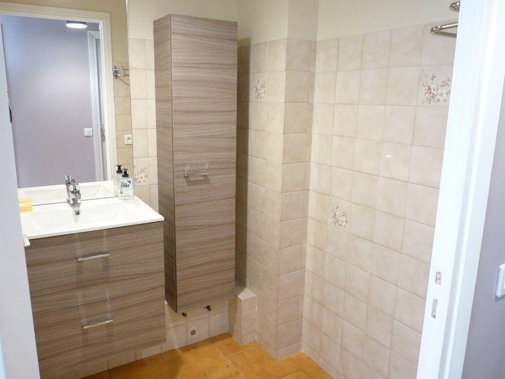 Appartement à louer 1 31.15m2 à Nice vignette-4