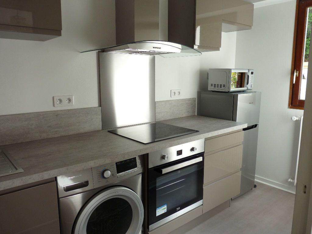 Appartement à louer 1 31.15m2 à Nice vignette-5