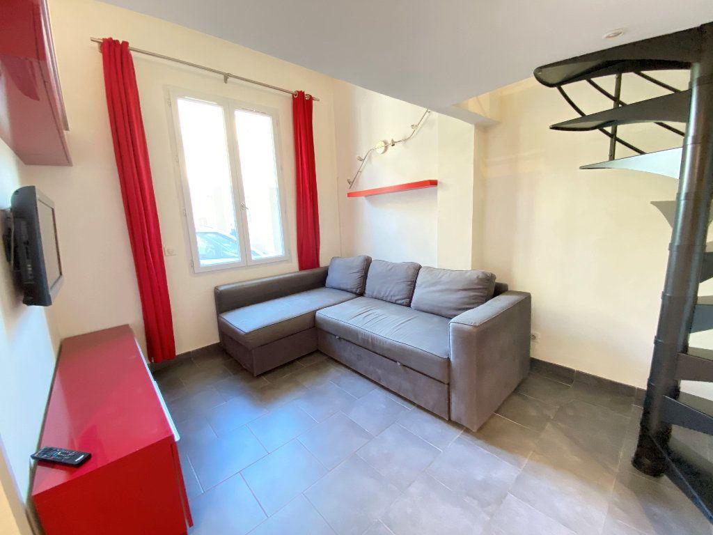 Appartement à louer 1 30m2 à Nice vignette-2
