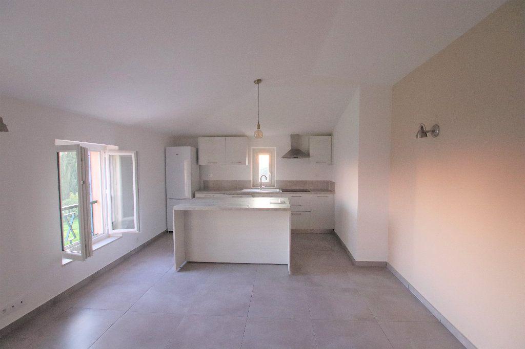 Appartement à louer 2 45.79m2 à Nice vignette-1