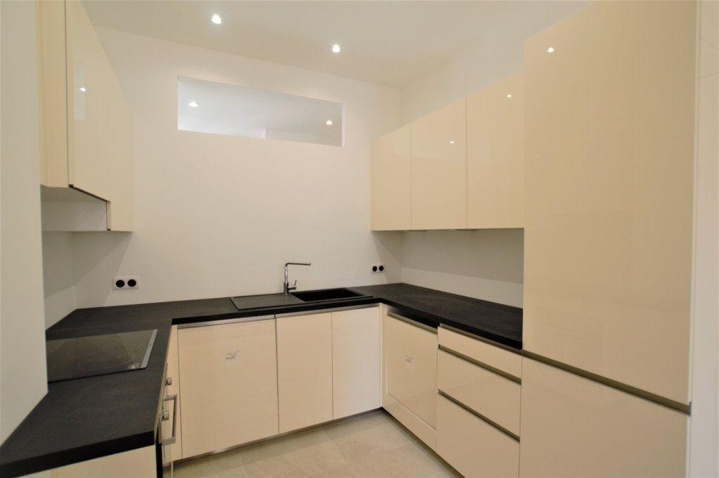Appartement à vendre 3 62m2 à Nice vignette-5