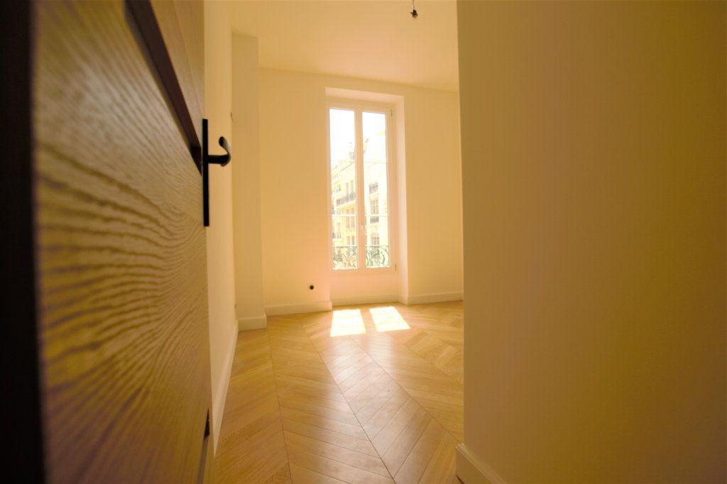 Appartement à vendre 3 62m2 à Nice vignette-10