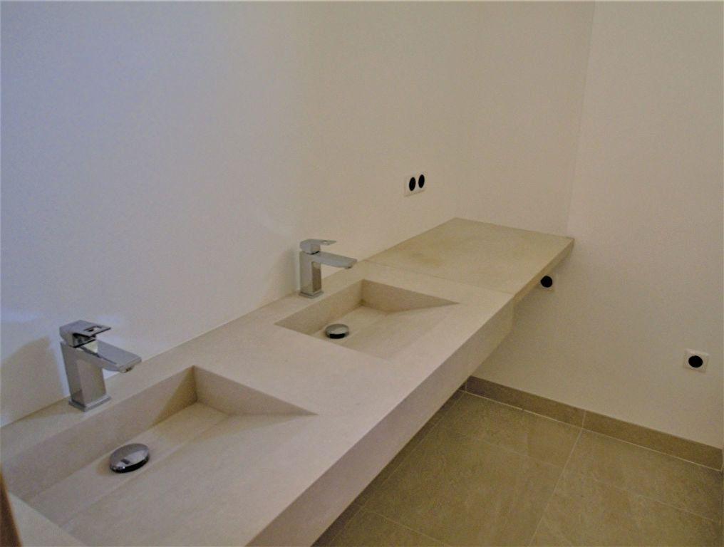 Appartement à vendre 3 62m2 à Nice vignette-12