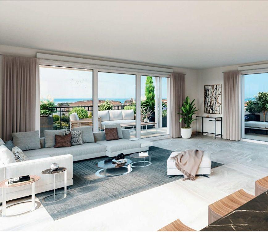 Appartement à vendre 4 142m2 à Saint-Laurent-du-Var vignette-1