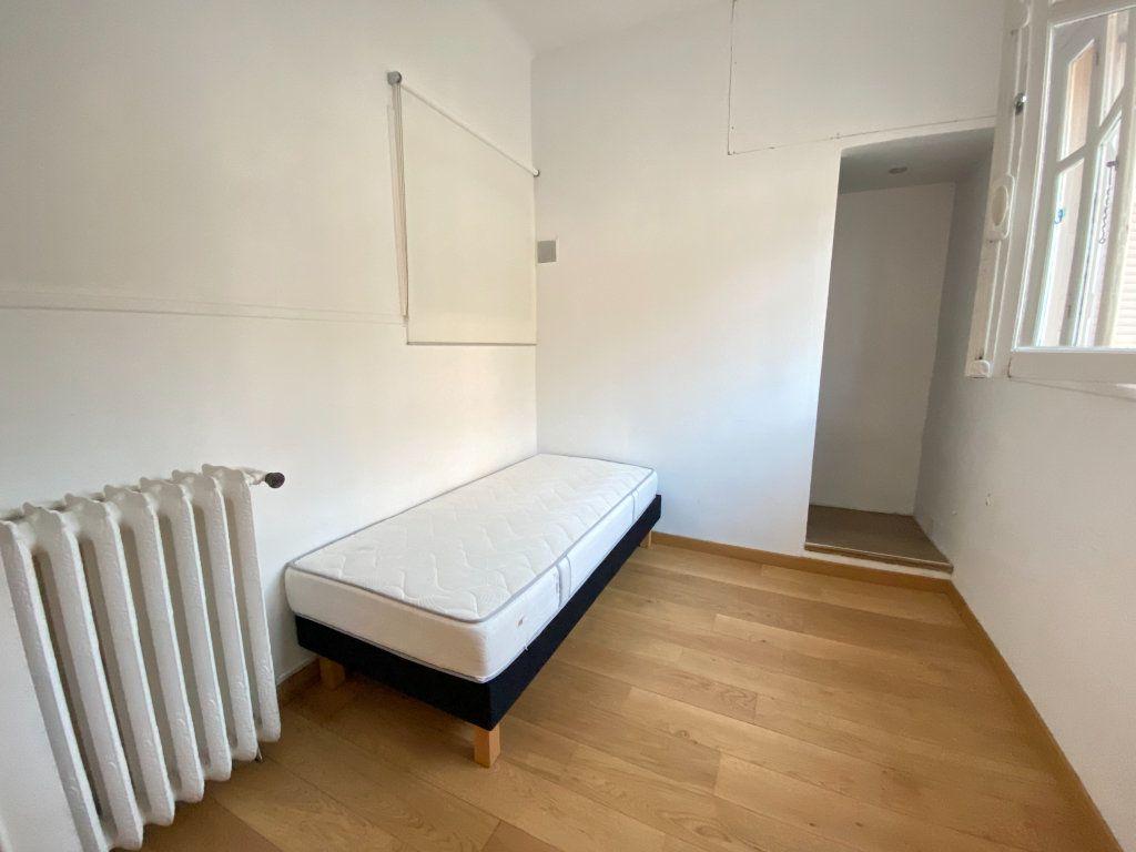 Appartement à louer 4 90.72m2 à Nice vignette-7