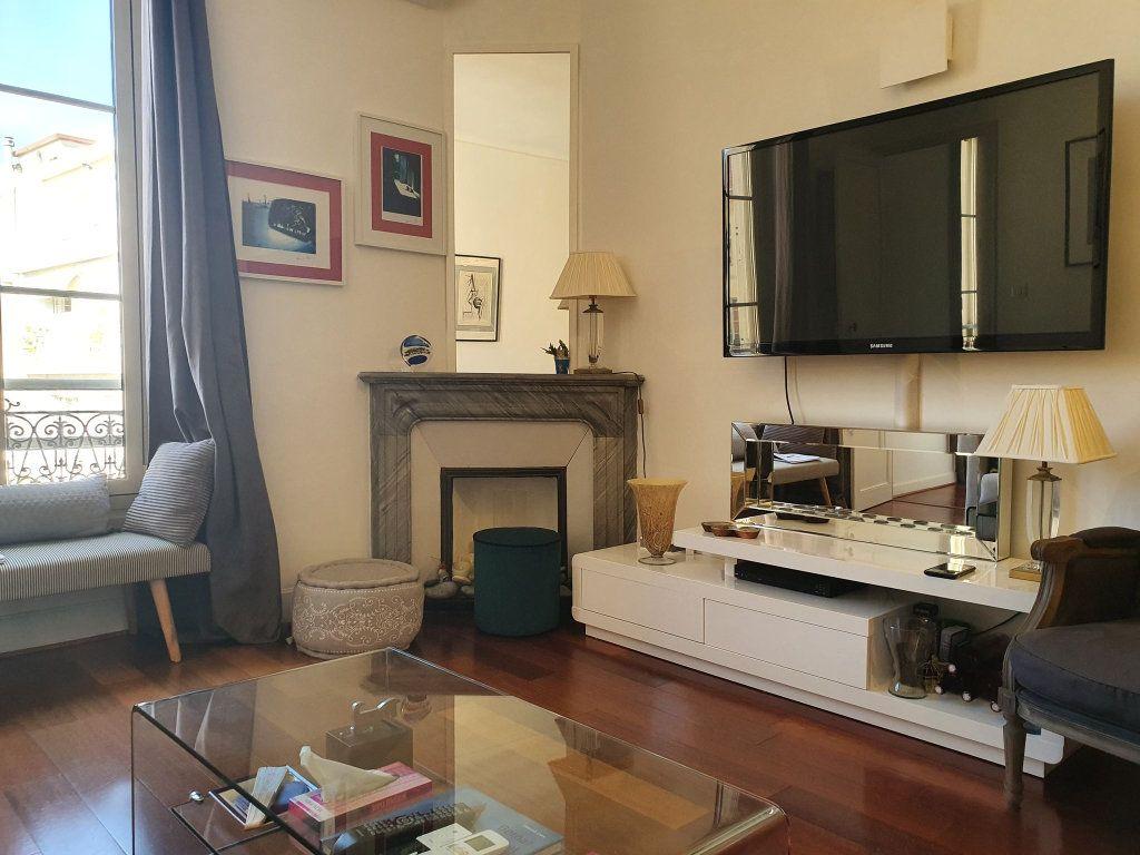 Appartement à vendre 3 64m2 à Nice vignette-3
