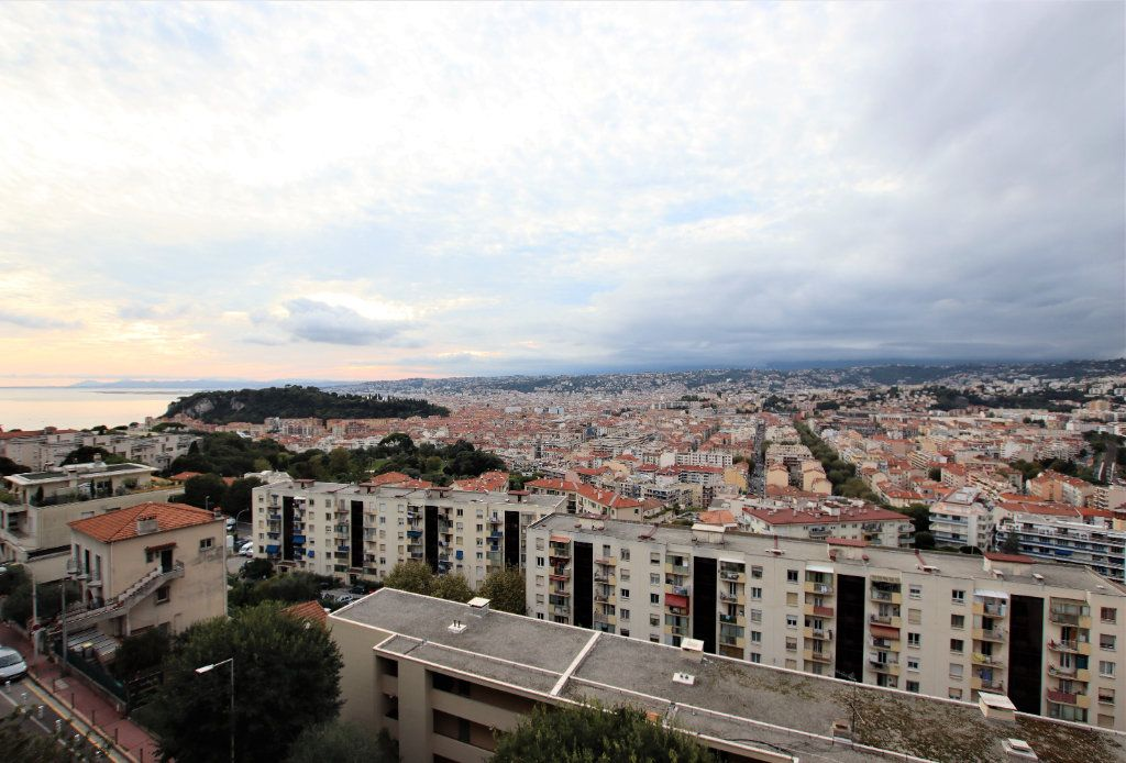 Appartement à vendre 3 53.7m2 à Nice vignette-1