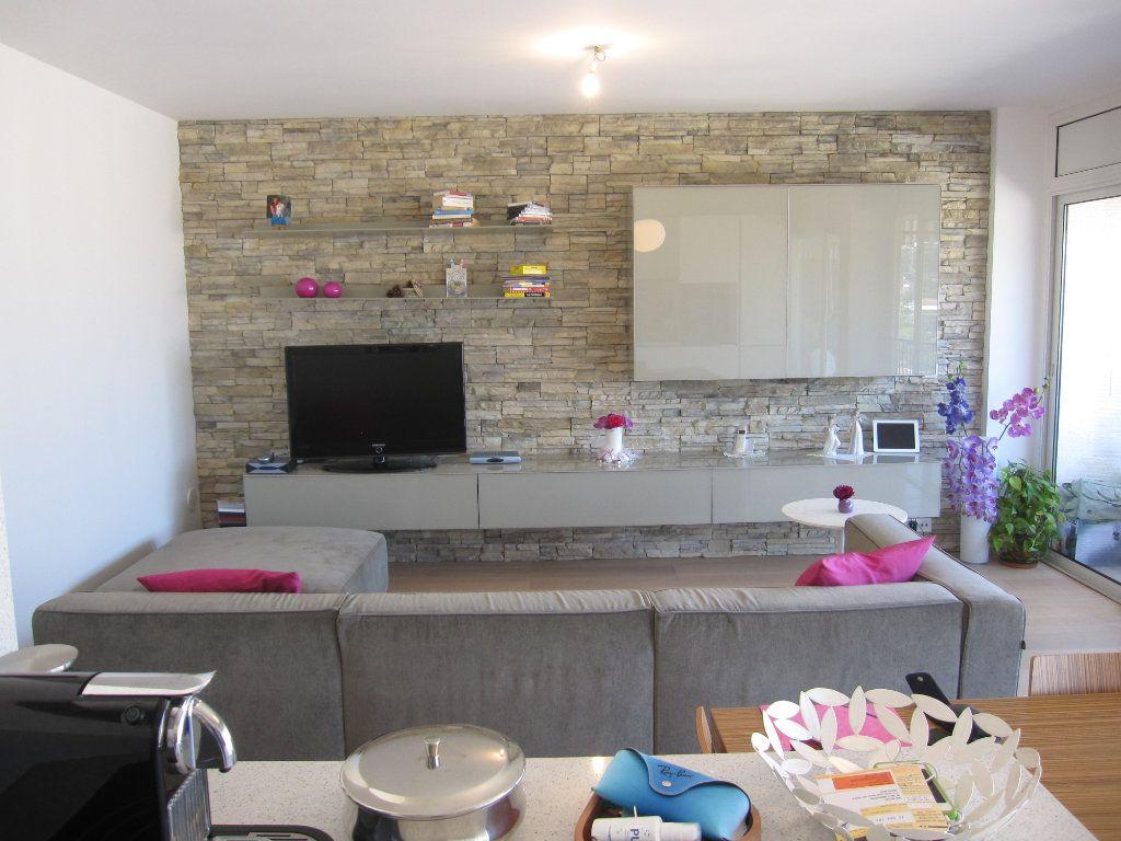 Appartement à vendre 3 53.7m2 à Nice vignette-2