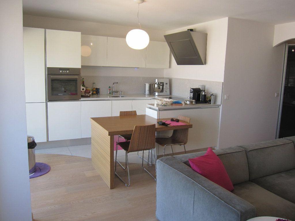 Appartement à vendre 3 53.7m2 à Nice vignette-3