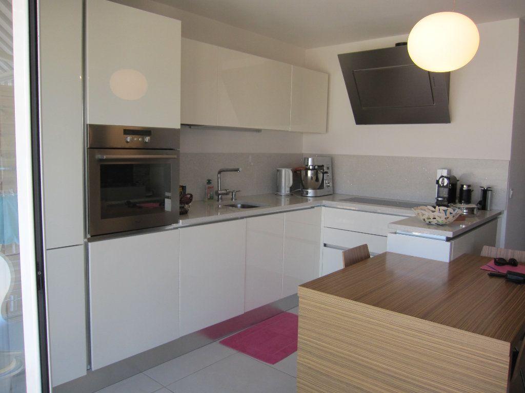 Appartement à vendre 3 53.7m2 à Nice vignette-4