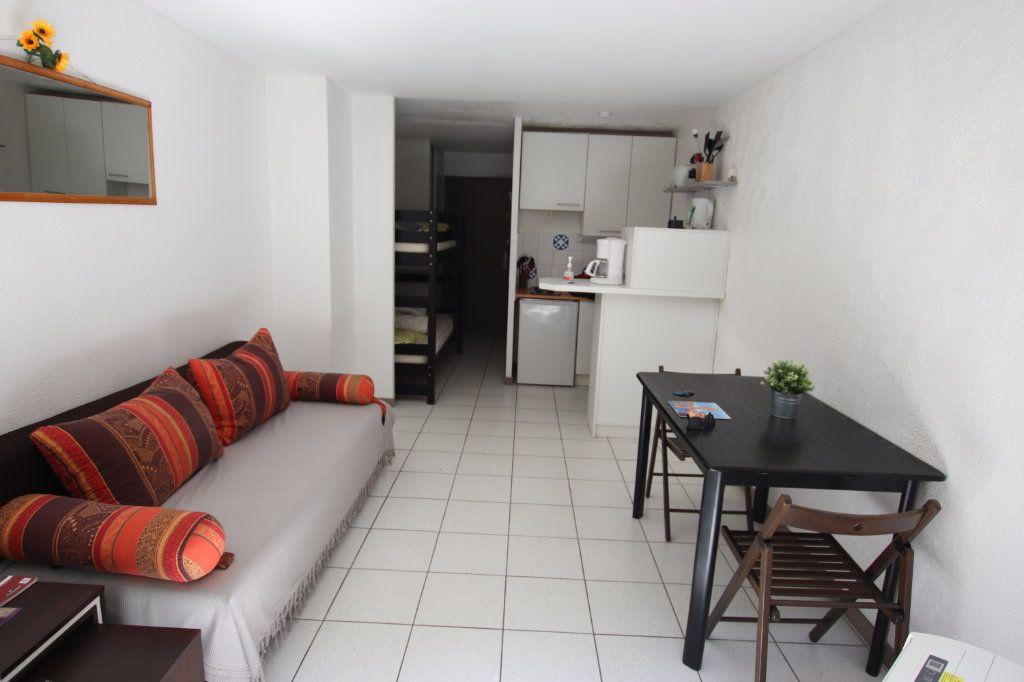 Appartement à louer 1 25m2 à Théoule-sur-Mer vignette-2