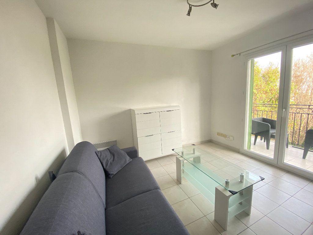 Appartement à louer 1 20m2 à Nice vignette-4