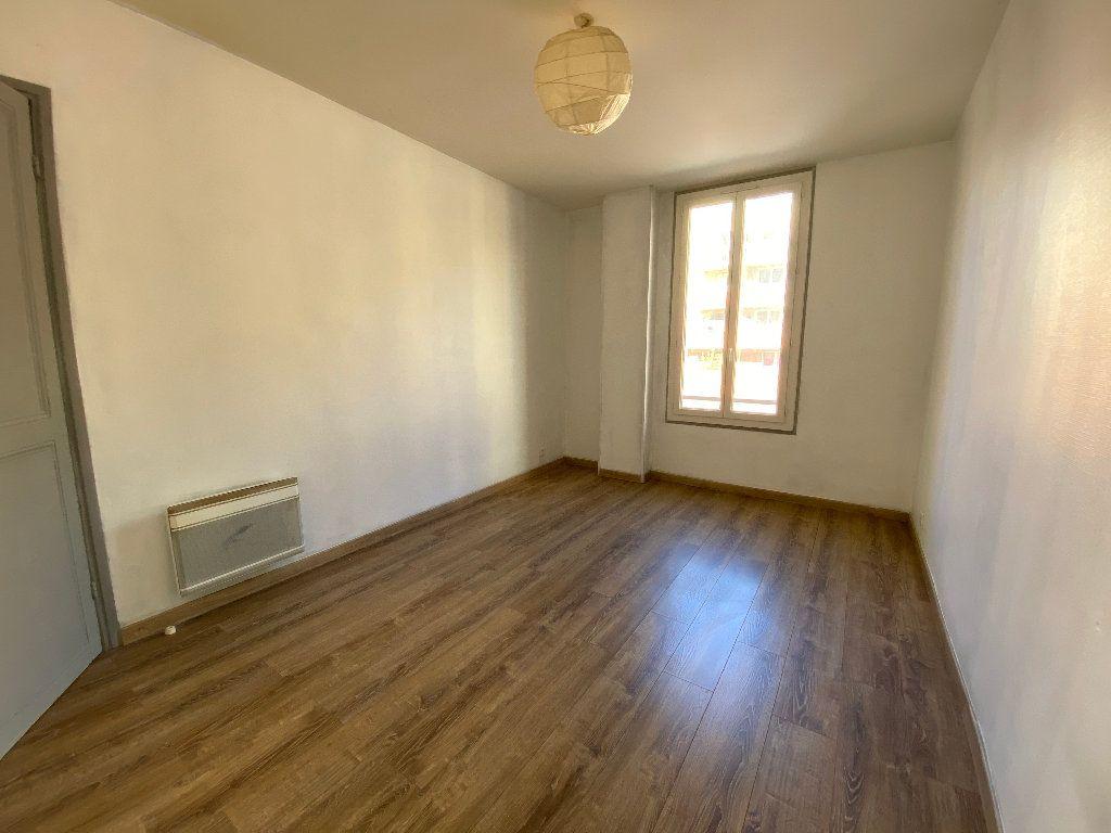 Appartement à louer 2 41.61m2 à Nice vignette-4