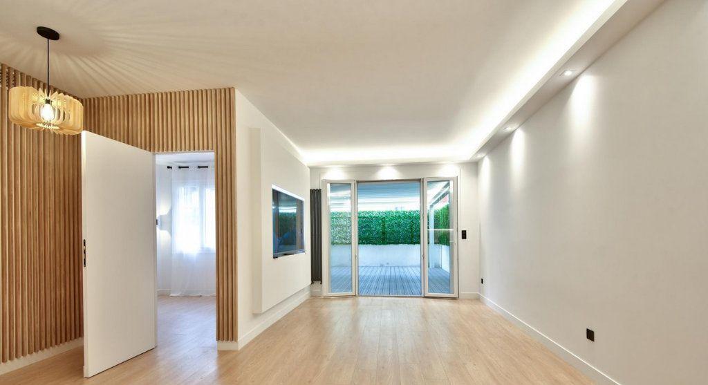 Appartement à vendre 4 92.59m2 à Nice vignette-2