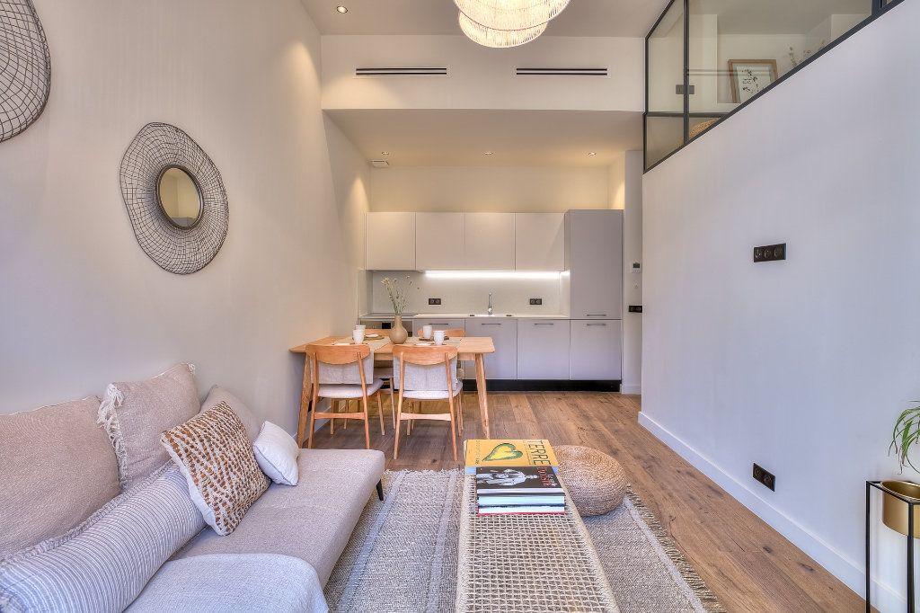 Appartement à vendre 3 28.08m2 à Nice vignette-2