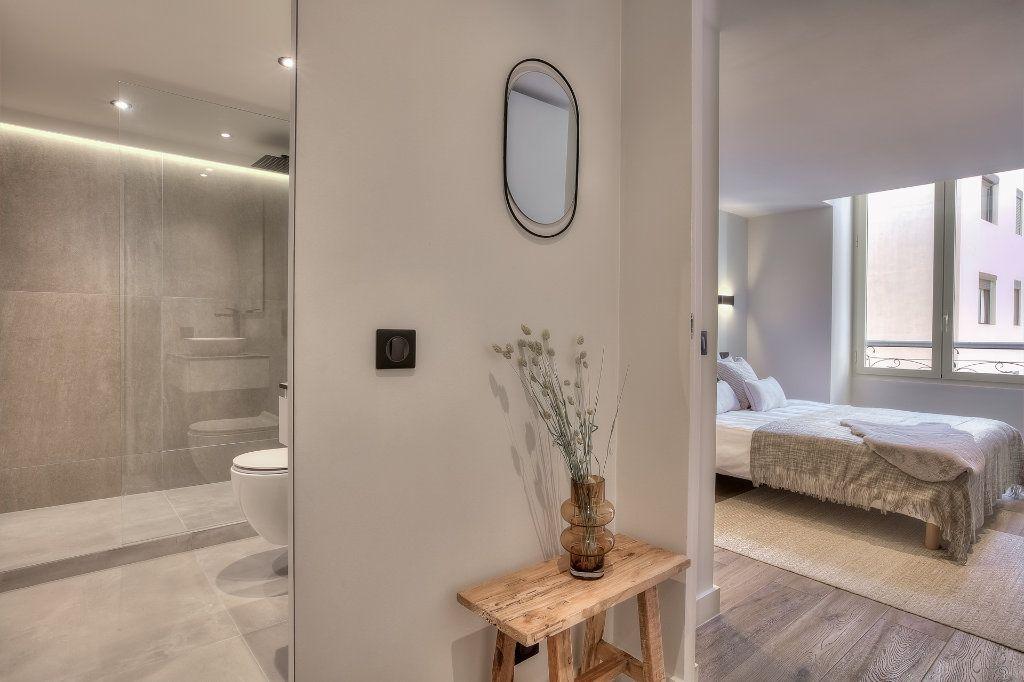 Appartement à vendre 3 28.08m2 à Nice vignette-8