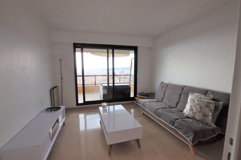 Appartement à louer 1 25m2 à Nice vignette-5