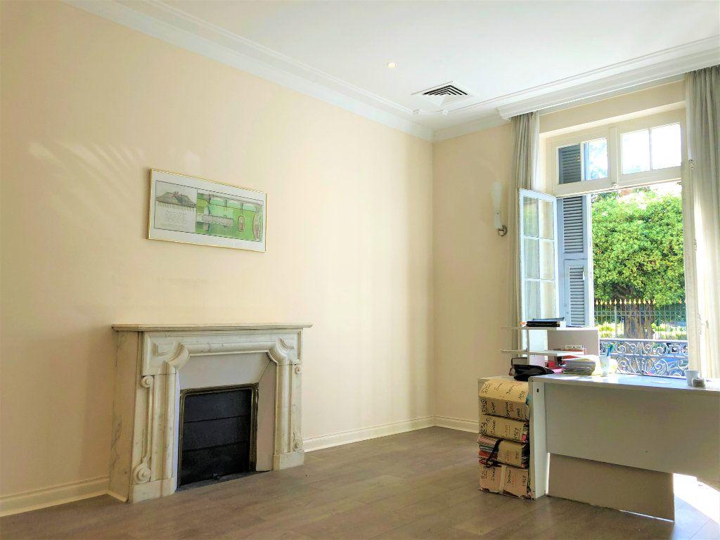 Appartement à vendre 7 180m2 à Nice vignette-1