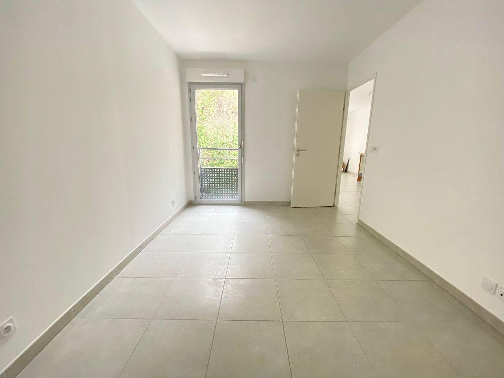 Appartement à louer 2 42.38m2 à Nice vignette-3