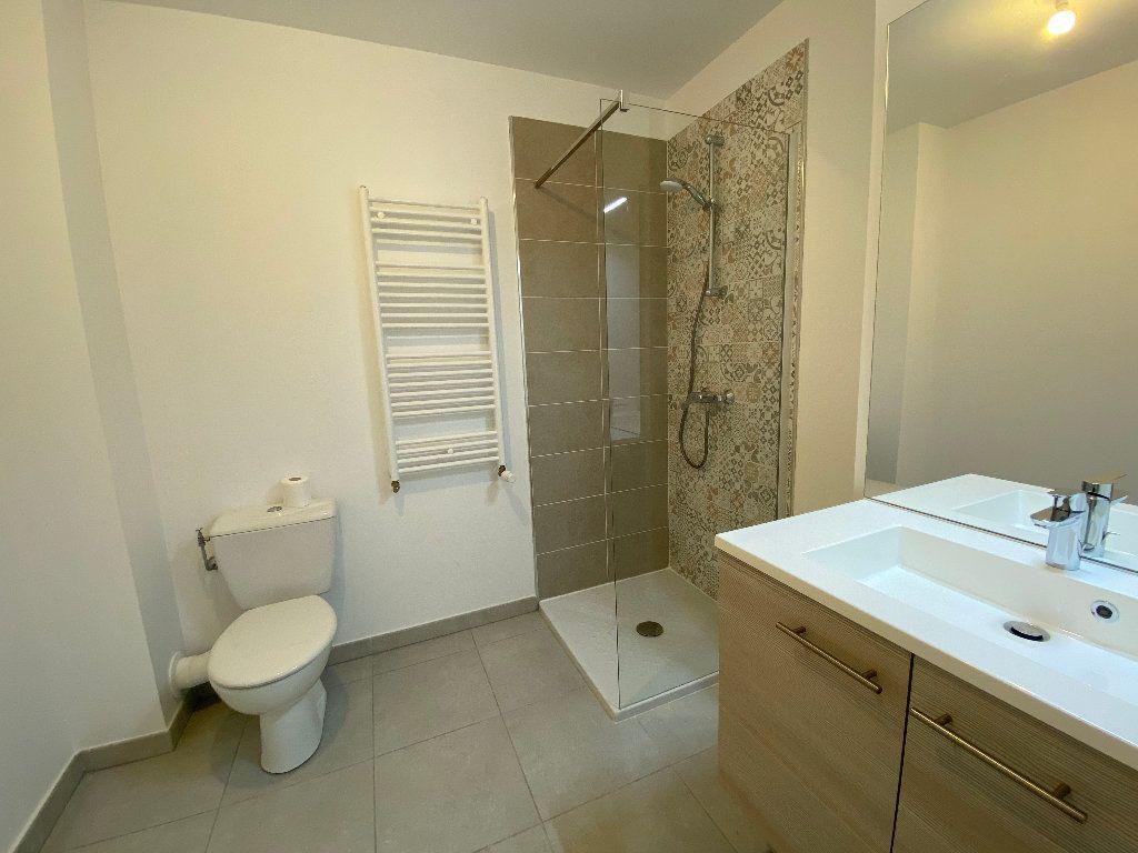 Appartement à louer 2 42.38m2 à Nice vignette-5