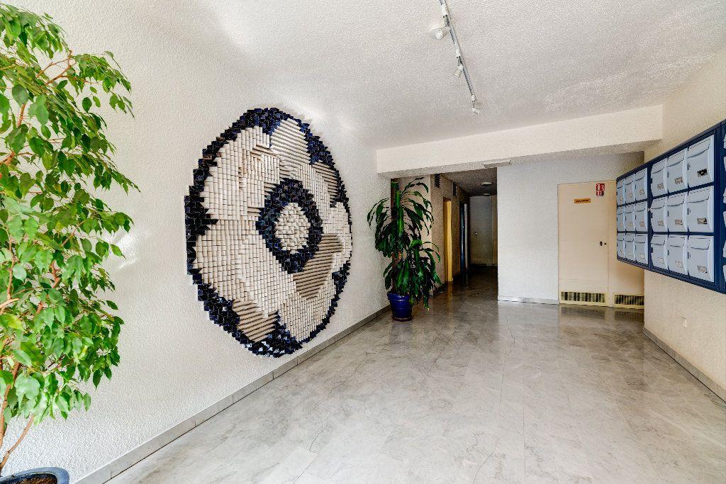 Appartement à vendre 4 85m2 à Nice vignette-3